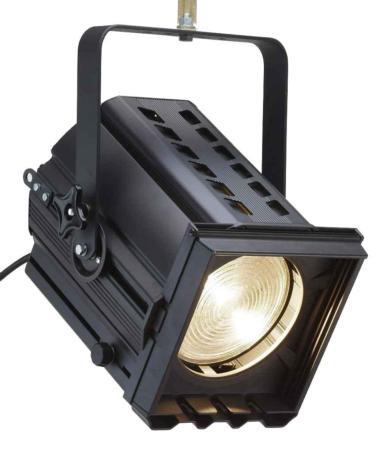 Louer projecteur fresnel 1000w eclairage projecteurs for Projecteur exterieur 1000w